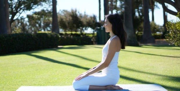 Digestione Difficile: Risolvila Con Yoga Ed Essenze